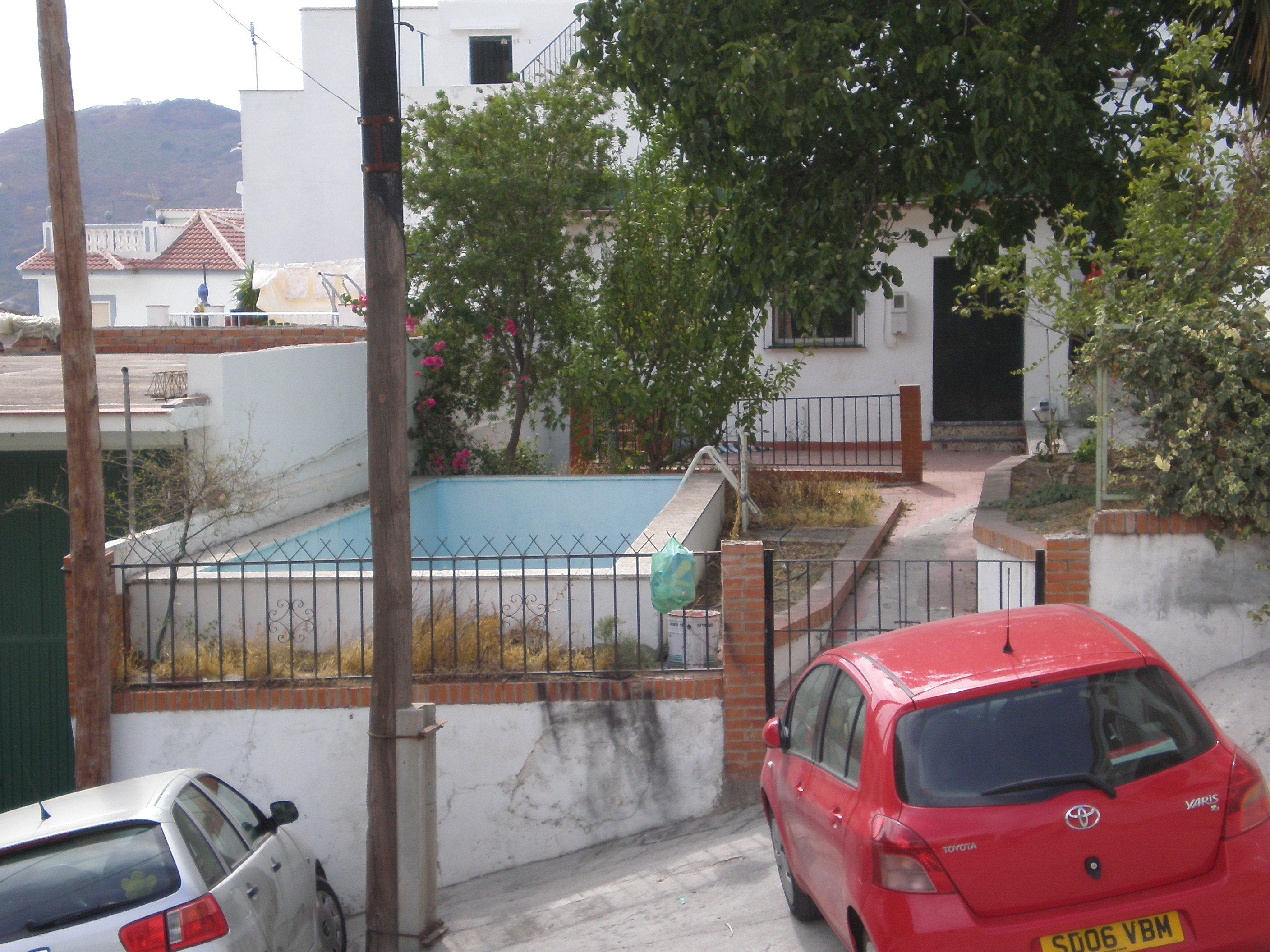 3 BED VILLAGE HOUSE IN CANILLAS DE ALBAIDA FOR SALE