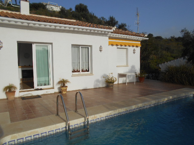 3 BEDROOM VILLA FOR SALE CORTIJO ROMERO