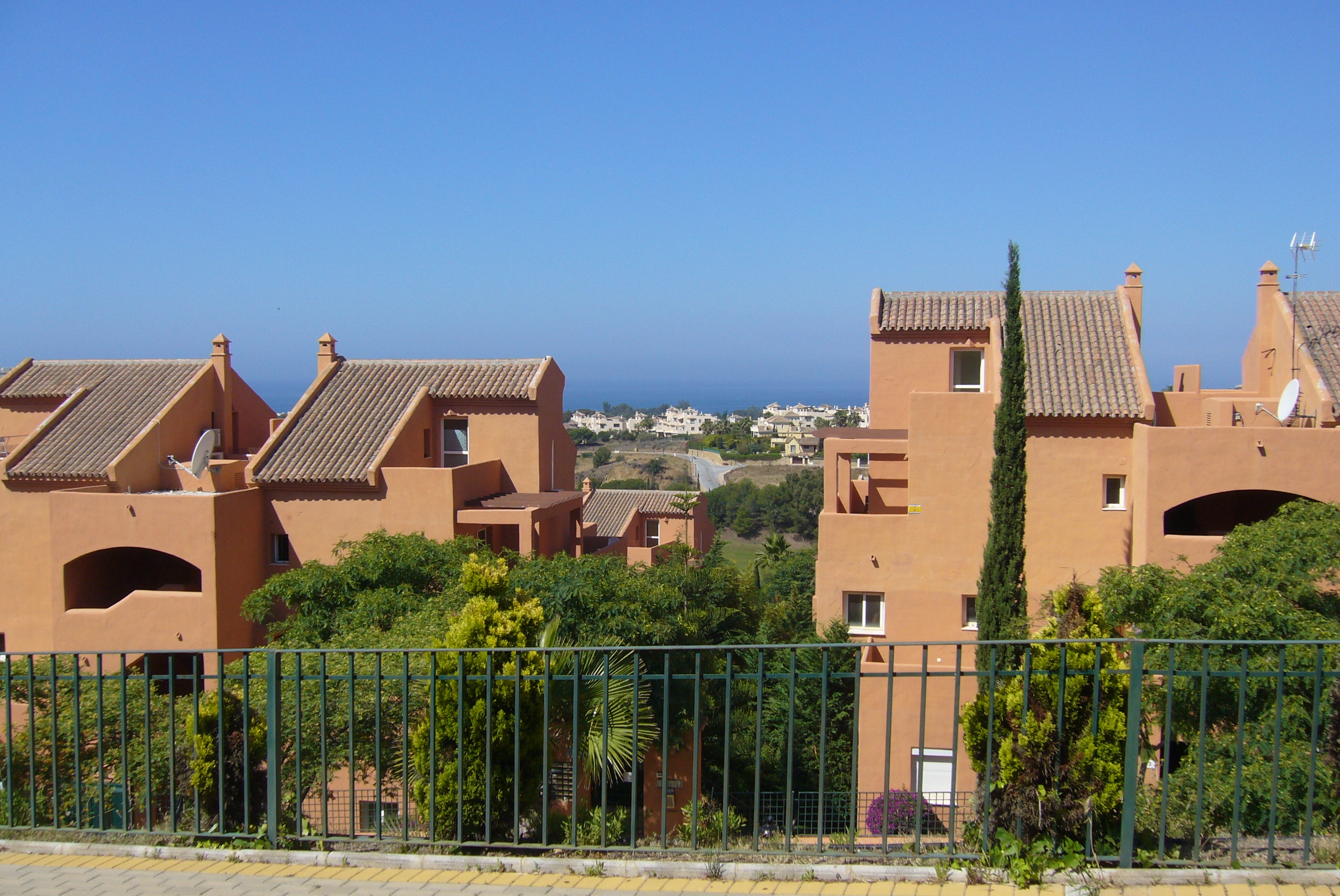 3 BEDROOM APARTMENT IN MARBELLA