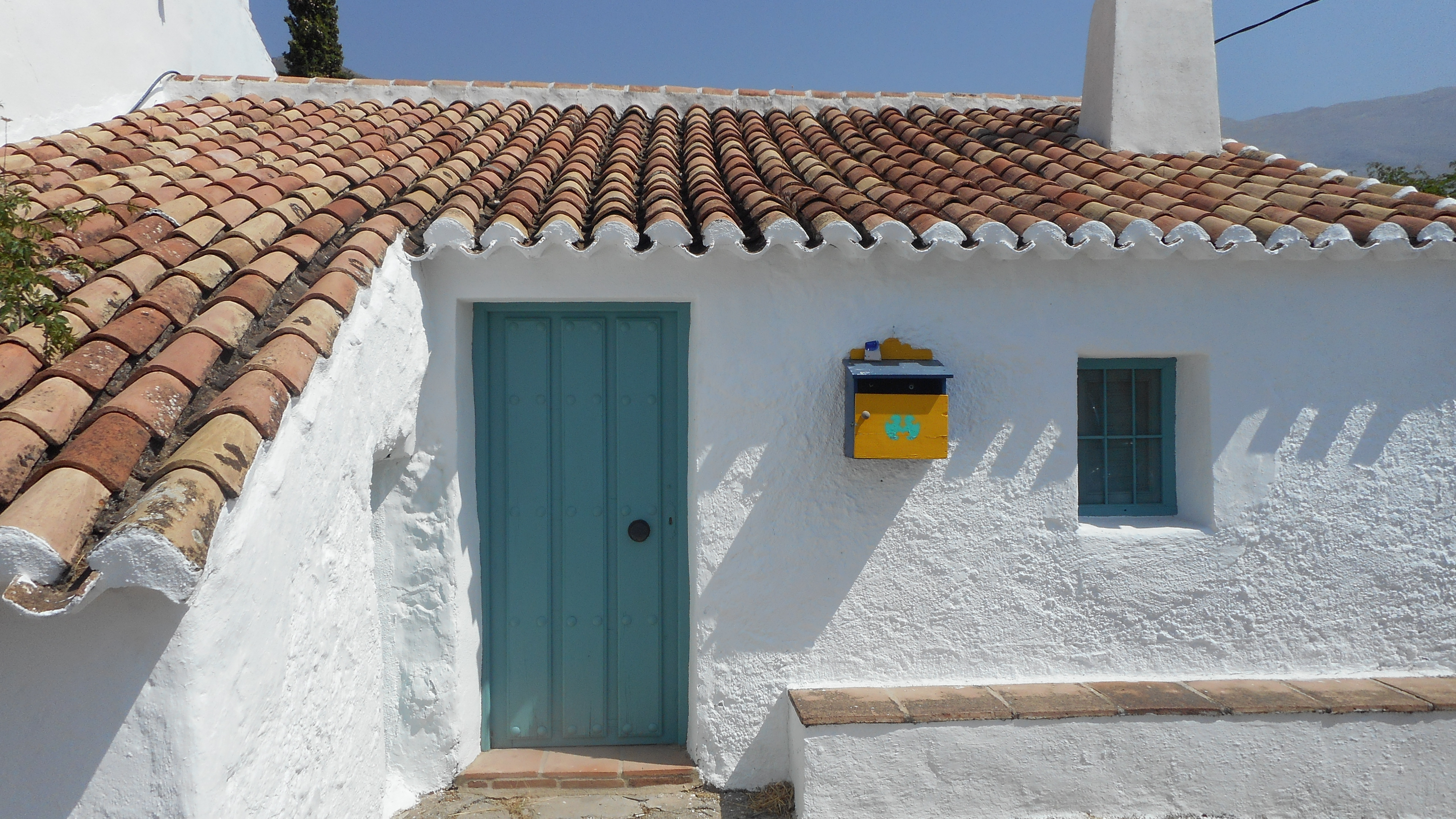 3 BEDROOM FINCA NEAR PERIANA