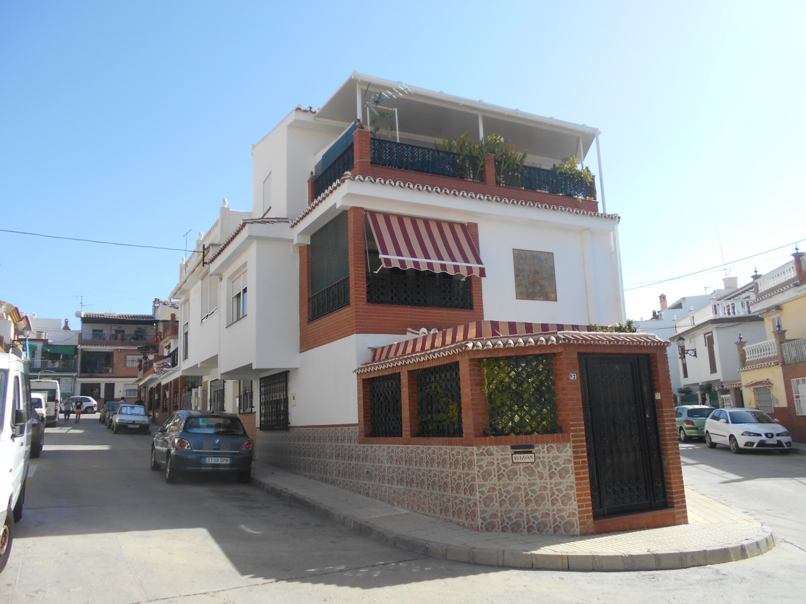 4 BEDROOM TOWNHOUSE VELEZ MALAGA FOR SALE