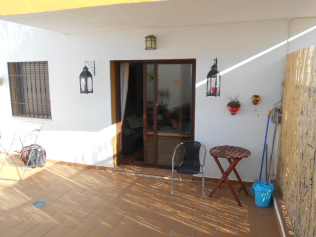 2 BEDROOM APARTMENT IN ALCAUCIN FOR HOLIDAY LETS