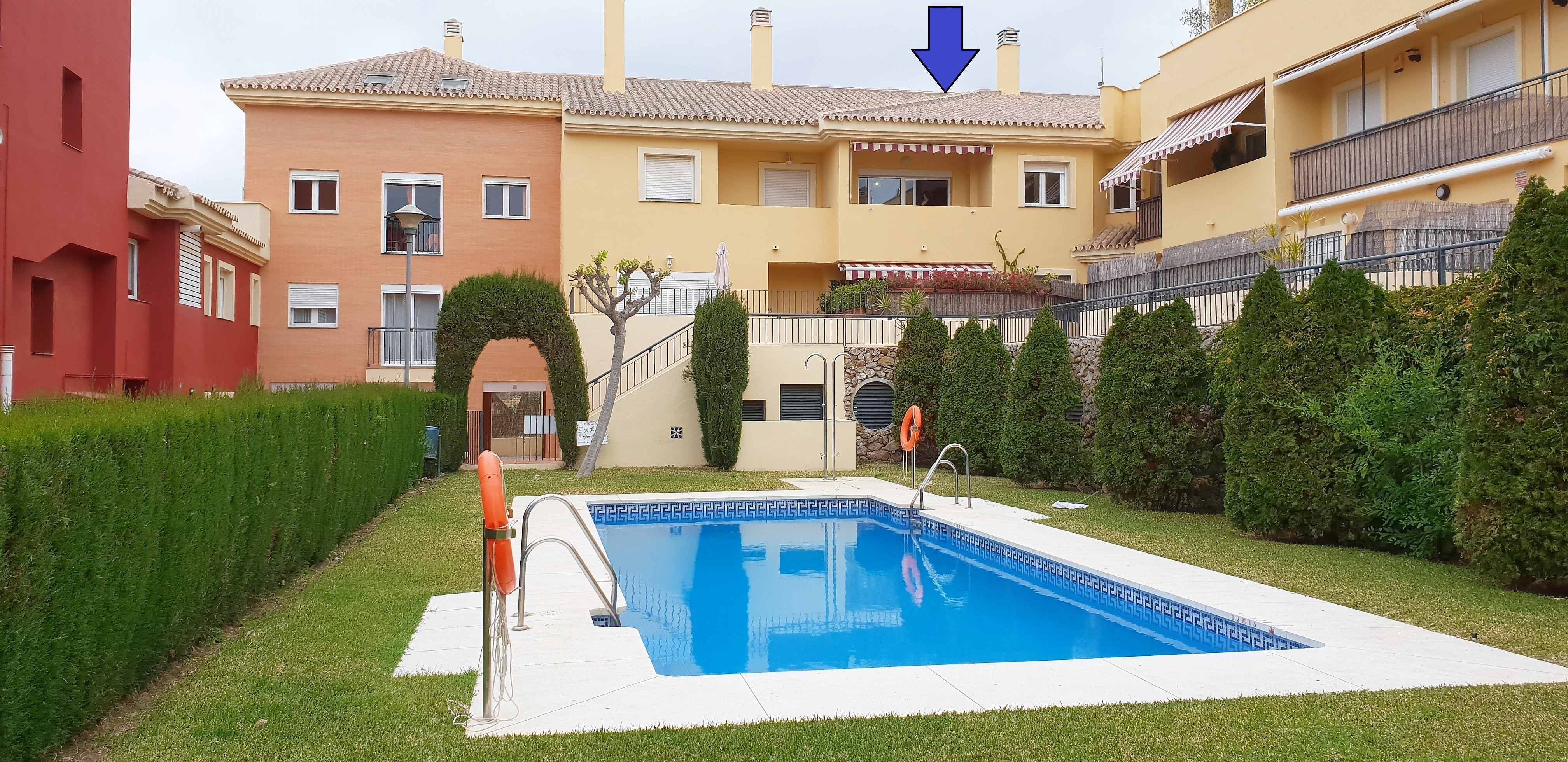 THIS 3 BEDROOM HOUSE – FOR SALE – BAVIERA GOLF
