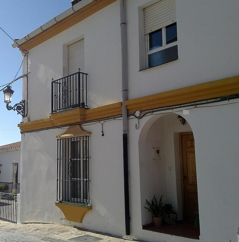 3 BED TOWNHOUSE – FOR SALE – ALCAUCIN